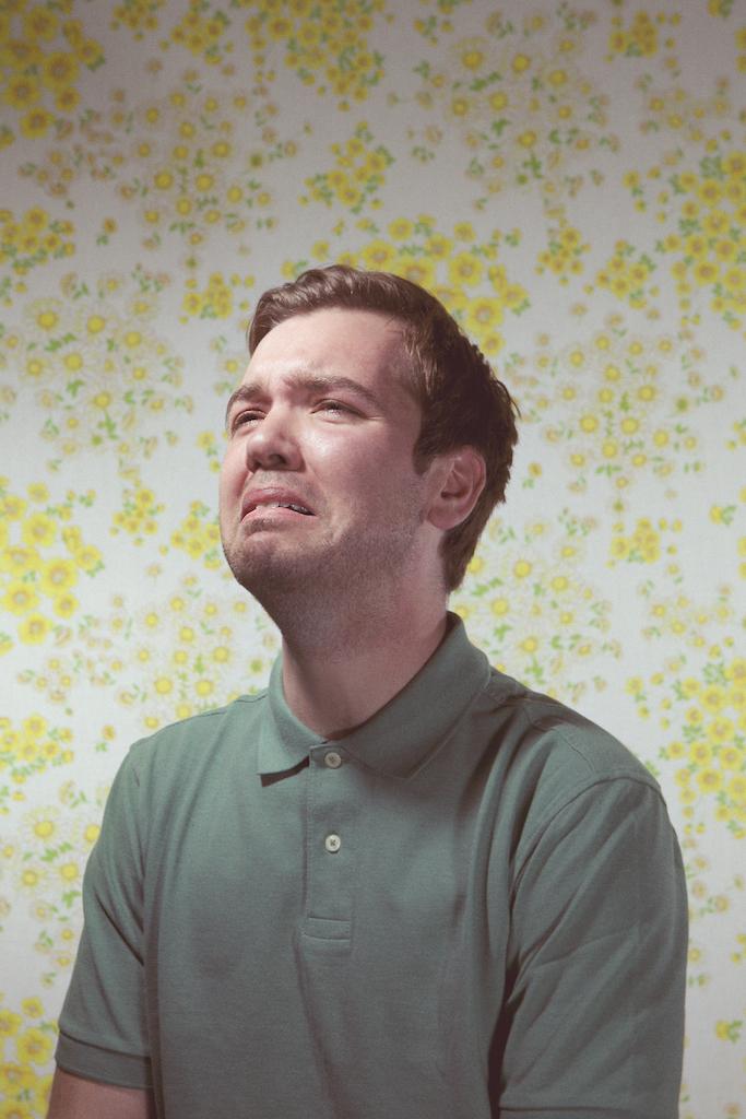 Football man crying lost italy